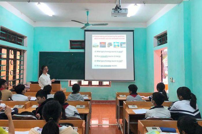 Thay SGK lớp 2, lớp 6: Nhà trường chủ động, giáo viên sẵn sàng