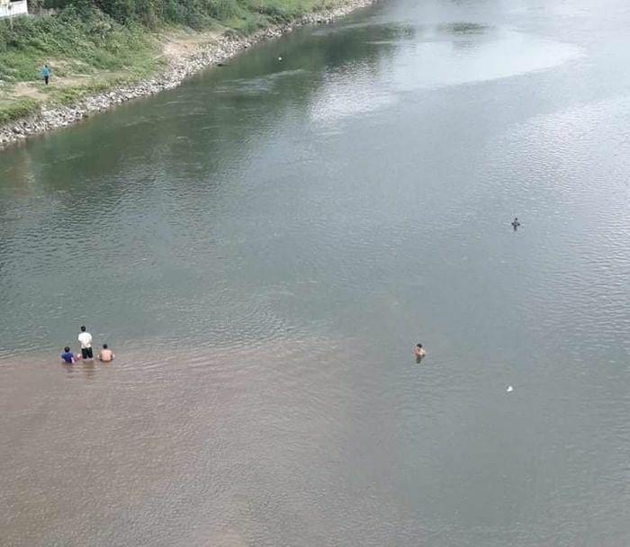Hà Tĩnh: Nam sinh lớp 9 đi tắm cùng bạn đuối nước tử vong