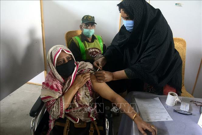Pakistan thêm trên 200 ca tử vong do COVID-19, nâng tổng số lên 17.530 ca