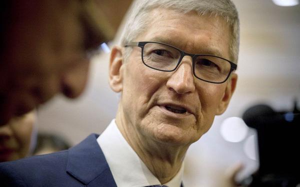 Ở tuổi 60, CEO Tim Cook úp mở về việc lãnh đạo Apple trong 10 năm tới