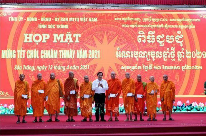 Nhiều hoạt động thiết thực nhân dịp Tết Chôl Chnăm Thmây