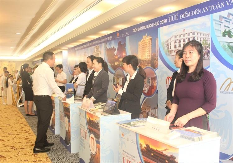 Thừa Thiên Huế phấn đấu 55% dân số mua sắm trực tuyến