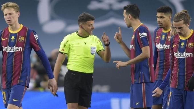 Thay trọng tài bắt trận Real – Barca