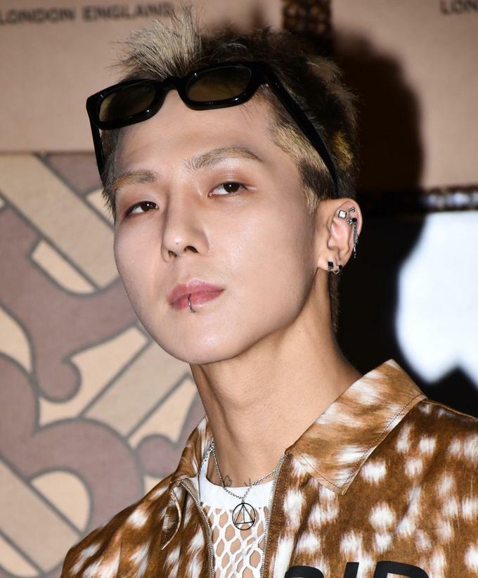12 nam idol 'sẽ bị phụ huynh từ chối nếu dẫn về ra mắt'