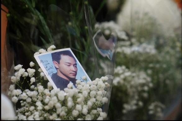Trương Quốc Vinh: Kiêu hãnh trổ hoa giữa hoang vu