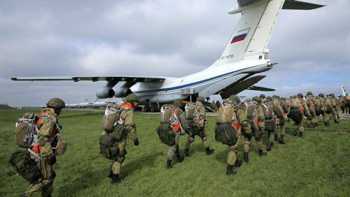 Nga bắt đầu rút quân khỏi biên giới Ukraine