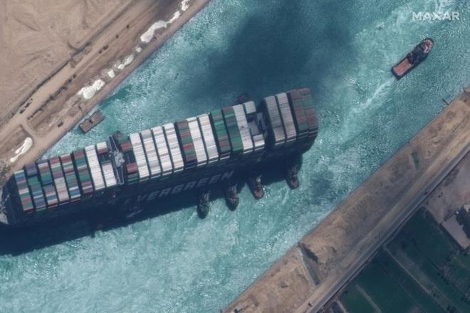 Sự cố kênh đào Suez có phải do một lời nguyền Pharaoh cổ đại?