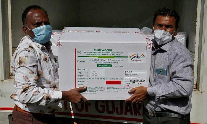 """Cơn """"đau đầu"""" vaccine của Ấn Độ"""