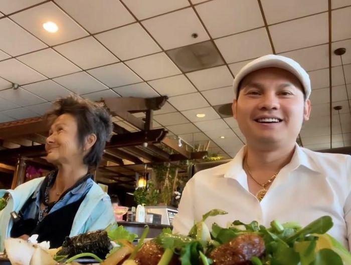 """Kim Tiểu Long lên tiếng khi bị """"ném đá"""" vì lợi dụng Kim Ngân; Bảo Thy tiết lộ lý do được chồng đại gia """"cưa đổ"""""""