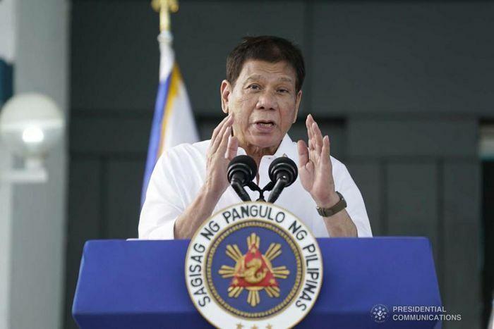 """Tổng thống Philippines: Biển Đông là """"không thể mặc cả"""" dù Manila mang ơn """"người bạn tốt"""" Trung Quốc"""
