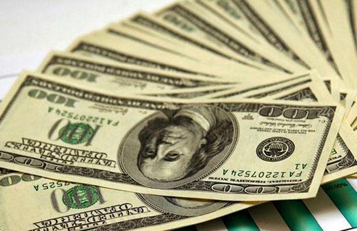 Tỷ giá USD trong các ngân hàng thương mại tăng mạnh