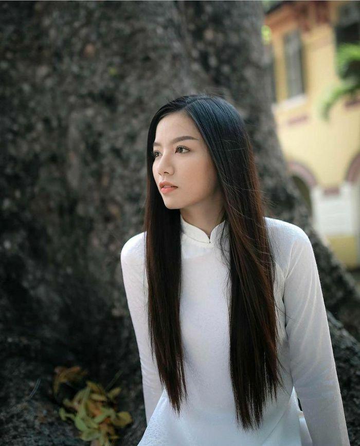 """Lê Hạ Anh: Nàng """"ngọc nữ tiềm năng"""" của điện ảnh Việt"""