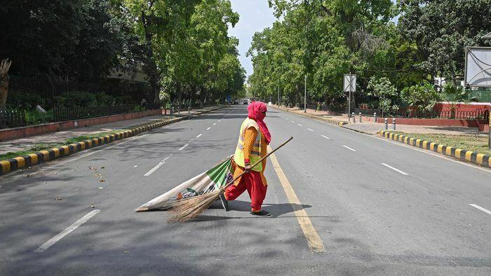 Thủ đô New Delhi của Ấn Độ gia hạn phong tỏa khi số ca mắc COVID-19 tăng kỷ lục