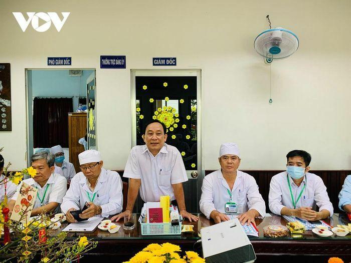 Giám đốc Bệnh viện khu vực Cai Lậy thuê giang hồ giết người là do ghen tuông