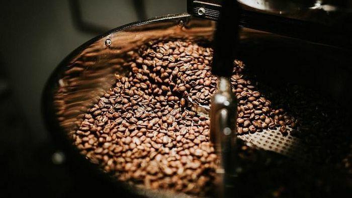 Giá cà phê hôm nay 6/4: Cà phê giảm đều trên 5%, arabica đi ngang trong 120 – 125 Cent/lb, yếu tố quan trọng hạn chế đà giảm