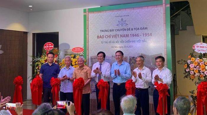 Từ Thủ đô Hà Nội đến chiến khu Việt Bắc