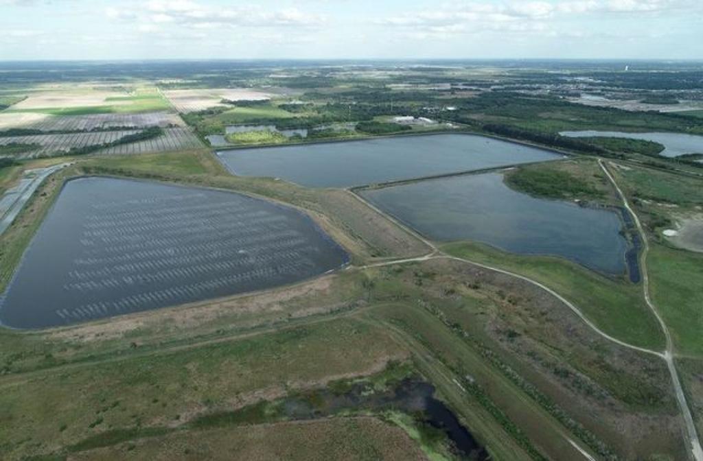 """Hồ chứa nước thải rò rỉ ở Florida có nguy cơ tạo """"bức tường nước"""" cao hơn 6m"""