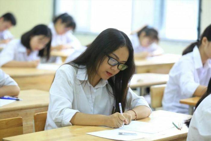 Ôn thi tốt nghiệp THPT môn Ngữ văn: Chinh phục phần nghị luận