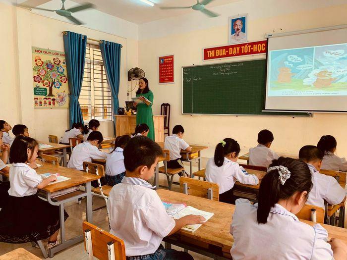 Triển khai CTGDPT 2018 ở Gia Viễn: Tập trung đầu tư trường lớp và đội ngũ giáo viên