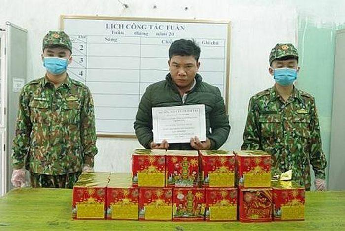 Lạng Sơn: Hải quan phối hợp bắt giữ vụ vận chuyển trái phép 25 kg pháo