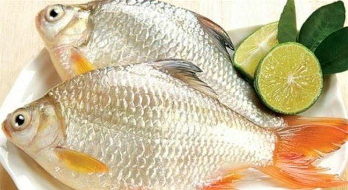 """Cách """"đánh bay"""" mùi tanh của cá, đem rán – nấu hay kho đều ngon"""