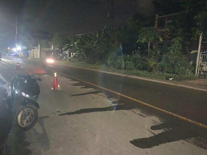 Thanh niên ở Bình Dương nẹt pô xe, đâm chết 2 người
