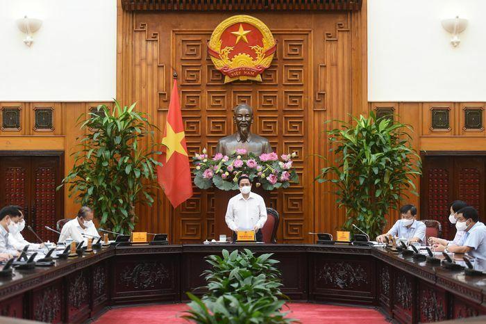 Thủ tướng: Tuyệt đối không lơ là, chủ quan, thực hiện nghiêm phòng, chống dịch