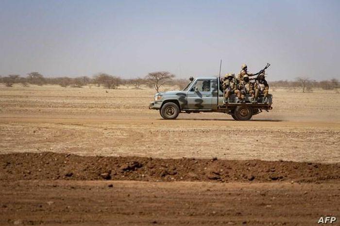 Các con tin người nước ngoài nghi đã bị sát hại ở Burkina Faso