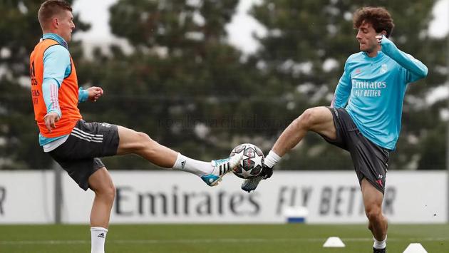 """Đón """"siêu viện binh"""", Zidane tự tin khiến Chelsea của Tuchel ôm hận"""