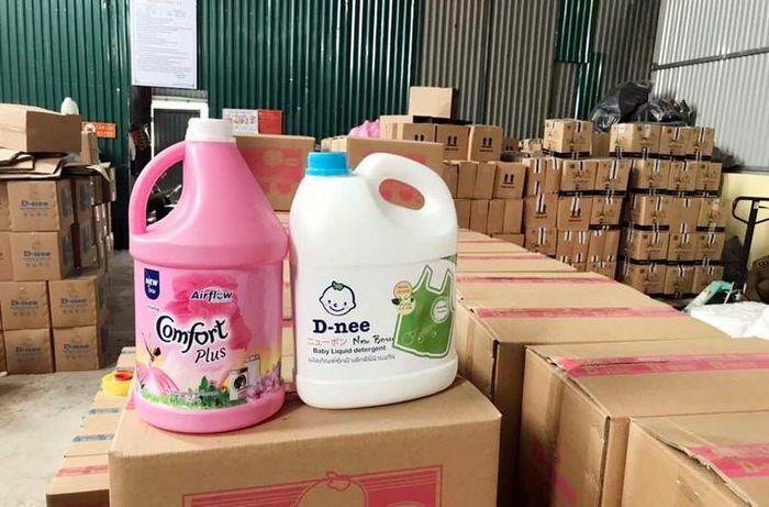 Cty hóa mỹ phẩm T&T Á Châu sản xuất hàng nghìn can nước giặt giả