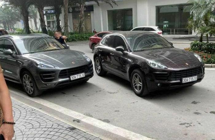 """Xe sang Porsche chung biển số """"chạm mặt"""" tại Hà Nội"""