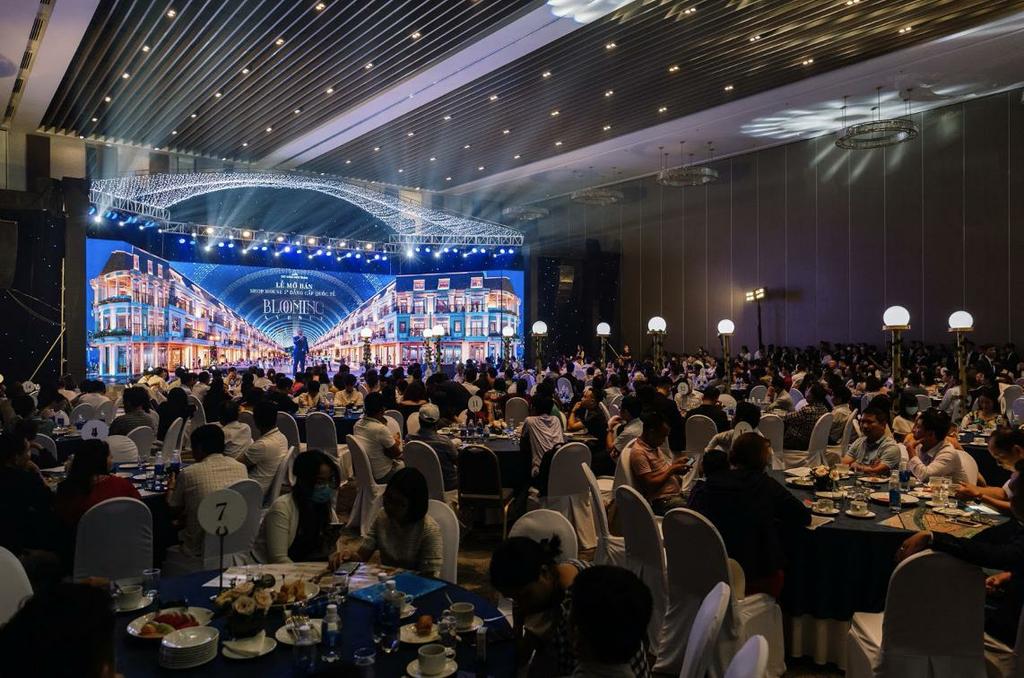 Đất Xanh Miền Trung ghi nhận doanh thu 1600 tỷ đồng từ dự án Regal Pavillon