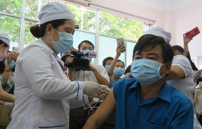 Không có ca mắc mới, thêm gần 23.000 người được tiêm vaccine