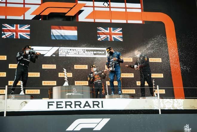 """Đua xe F1, thống kê Emilia Romagna GP: Verstappen phá """"dớp"""" trên đất Ý"""