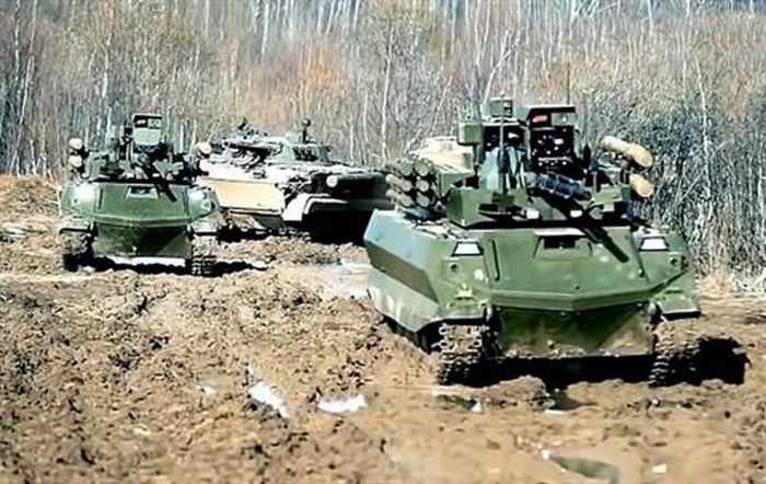 Quân đội Nga trang bị lại hàng loạt robot chiến đấu Uran-9