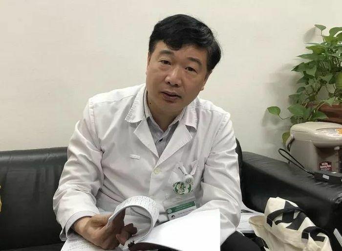 Hơn 200 nhân sự Bệnh viện Bạch Mai nghỉ, chuyển công tác: Tuyển dụng bù hơn 500 người