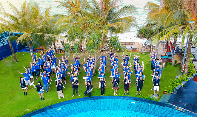 Nam Blue, Bác Gấu, Ngân Sát Thủ cùng hàng trăm Hot Streamer xuất hiện tạiSunset Beach Phú Quốc