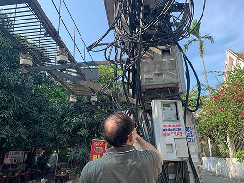 Điện lực Nghệ An phản hồi vụ khách hàng chưa sử dụng điện đã phải nộp tiền