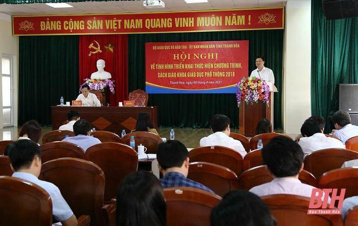 Thứ trưởng Bộ Giáo dục và Đào tạo Nguyễn Hữu Độ làm việc tại Thanh Hóa