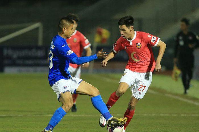 Bị nợ lương, cầu thủ Than Quảng Ninh dọa nghỉ đá