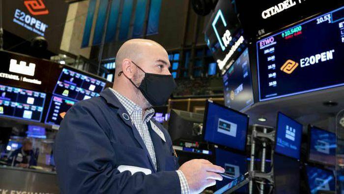 Nhà đầu tư thận trọng chờ số liệu CPI, chứng khoán Mỹ rơi đỉnh