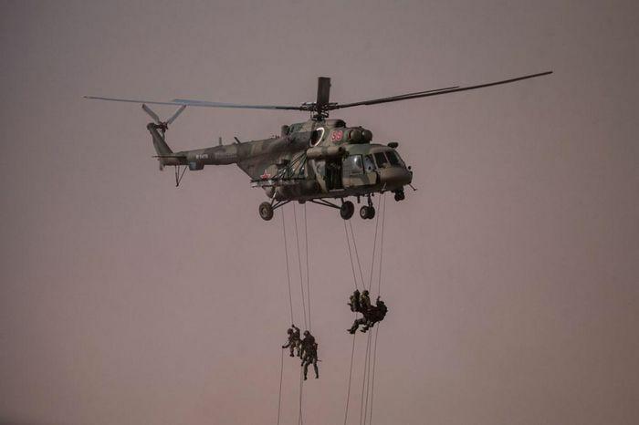 Căng thẳng miền Đông Ukraine leo thang, Nga tập trận quy mô lớn