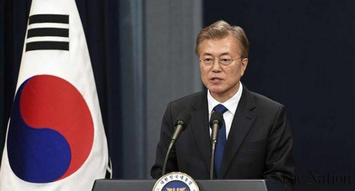 Tổng thống Hàn Quốc tiêm mũi vaccine ngừa Covid-19 thứ 2