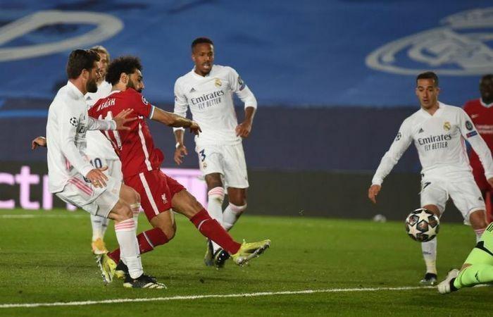 Hậu vệ mắc sai lầm, Liverpool đại bại trước Real Madrid