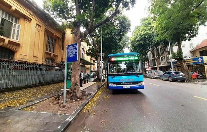 Xe buýt Hà Nội sụt giảm sản lượng, doanh thu do dịch COVID-19