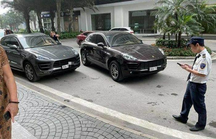 """2 xe siêu sang Porsche biển số """"sinh đôi"""": Xác định chủ nhân chiếc xe """"hàng thật, giá thật"""""""