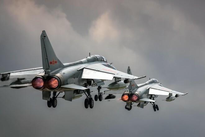 25 máy bay Trung Quốc tiếp cận vùng nhận diện phòng không Đài Loan