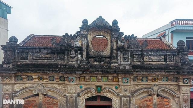"""Căn biệt thự cổ của """"""""đại gia làng miến"""""""" nức tiếng một thời ở Hà Nội"""