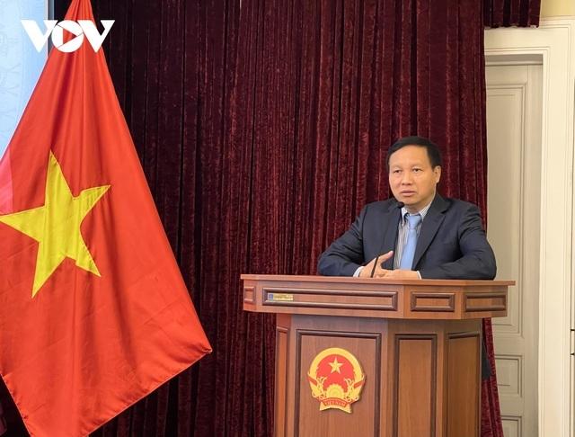 Khen thưởng tập thể, cá nhân xuất sắc trong cộng đồng người Việt tại Nga - ảnh 1