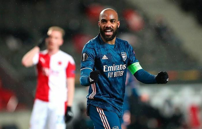 """Thắng """"hủy diệt,"""" Arsenal đối đầu Villarreal ở bán kết Europa League"""